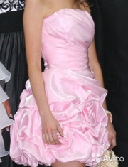 Элегантное платье для выпускного бала