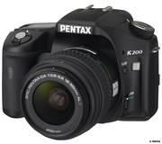 Зкркальный фотоаппарат Pentax k200d